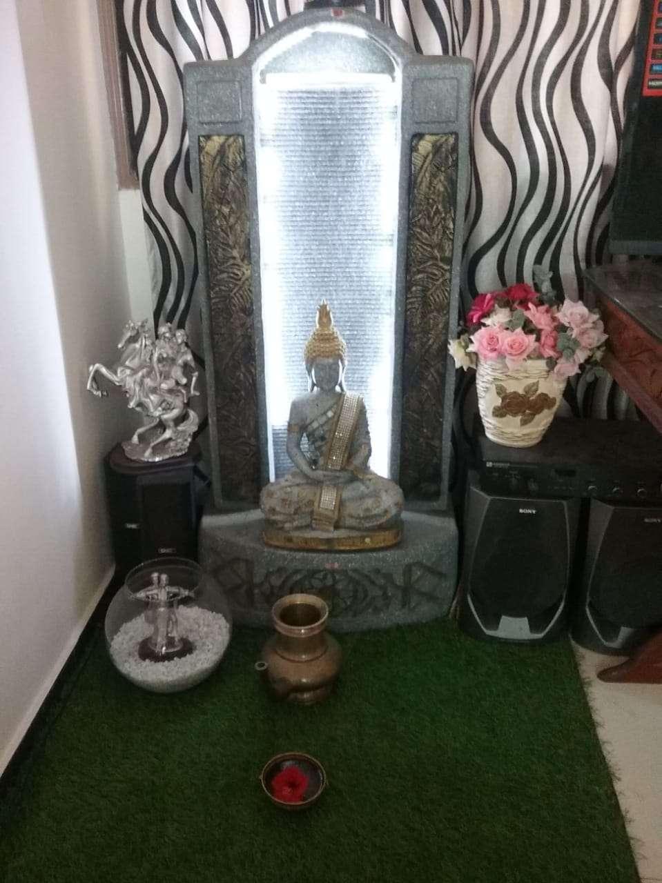 Beautiful Buddha Water Fountain Stone Design with LED Light